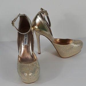 Steve Madden  Naya R shoes